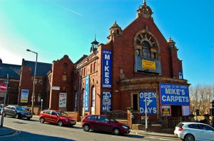 Leeds, Mike Carpet's