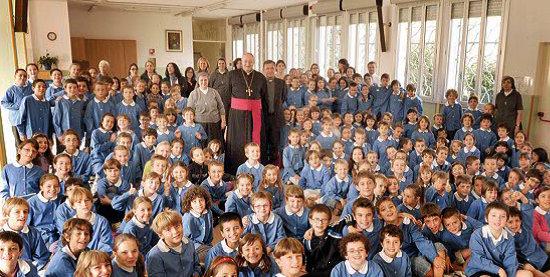 vescovo a scuola