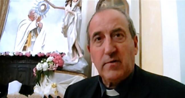 don-costatini http://www.youtube.com/watch?v=V4m3fK6jE6g